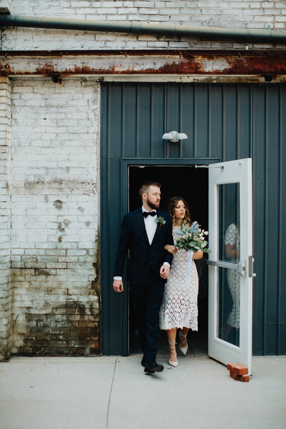 Anna-Brian-Strongwater-Columbus-Ohio-Urban-Modern-Wedding-055.jpg