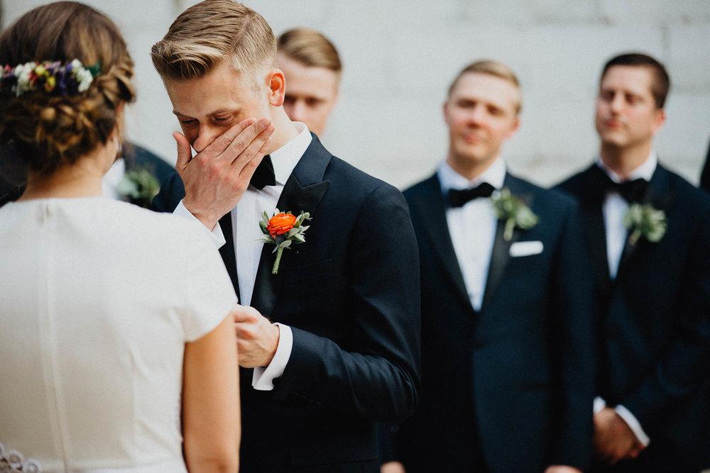 Anna-Brian-Strongwater-Columbus-Ohio-Urban-Modern-Wedding-070.jpg