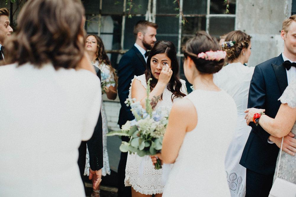 Anna-Brian-Strongwater-Columbus-Ohio-Urban-Modern-Wedding-080.jpg