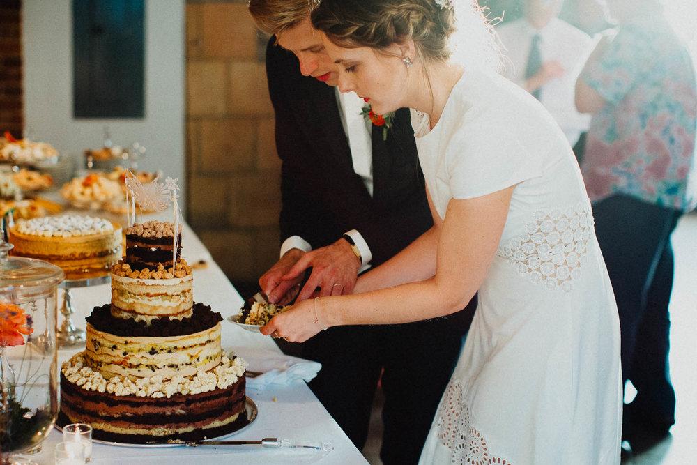 Anna-Brian-Strongwater-Columbus-Ohio-Urban-Modern-Wedding-141.jpg