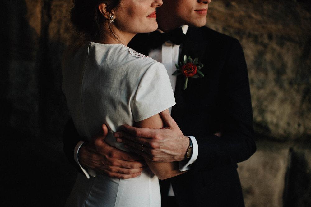 Intimate Embrace Natural Candid Moment Columbus Wedding Photographers