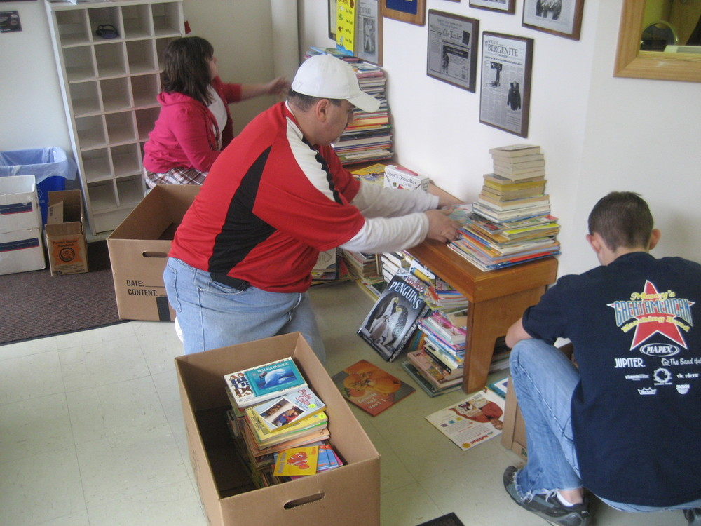 thedojo-book-drive-1000-books-rasied-by-julia_25380909381_o.jpg
