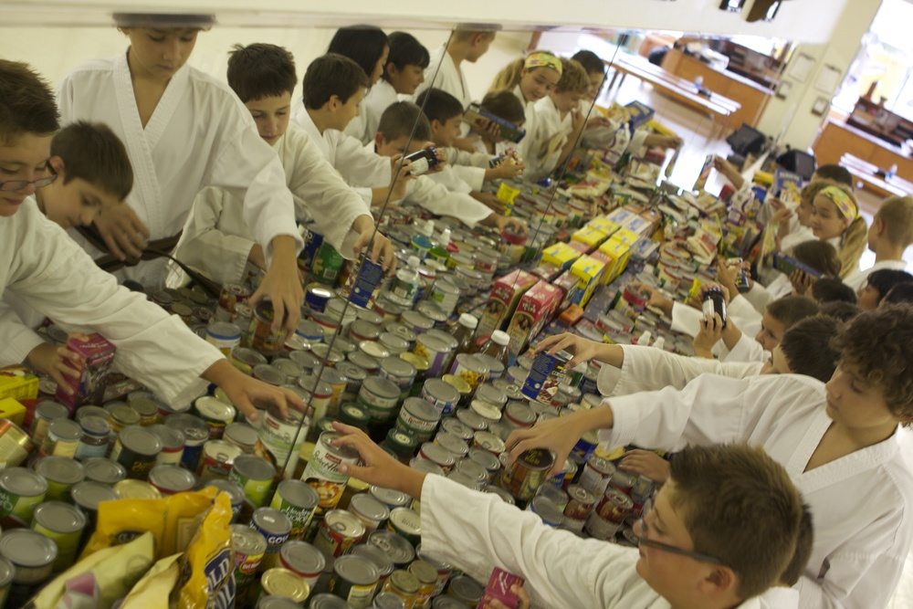 thedojo-food-drive-martial-arts-karate-kids-doing-community-service-in-rutherford-nj_14484478528_o.jpg