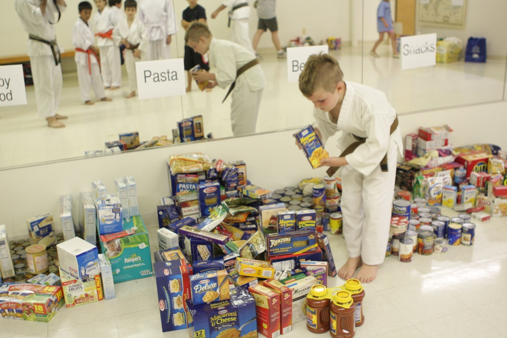 thedojo-food-drive-rutherford-nj_14484461490_o.jpg