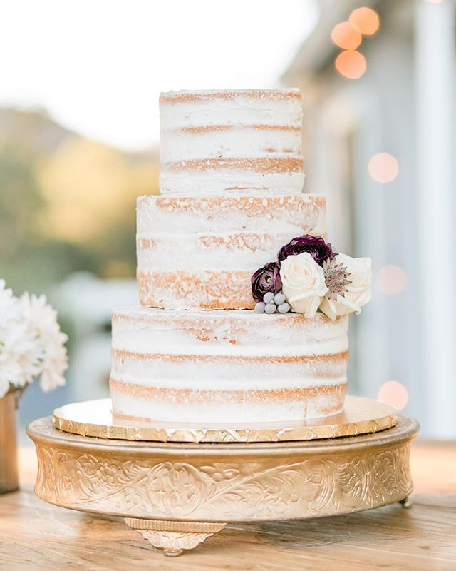 I love a downright magical cake, just like this one for @kcadreau + @realbadcad's fall wedding by @plumeriacakestudio ✨ Wedding coordinator: @candice_engagedevents // Venue: @brookviewranch // Florals: Elegant Earth // Hair + Makeup: @cheektocheekartistry // Catering: @24carrotscatering // Cake: @plumeriacakestudio 🌞 . . . . #daybreakanddusk #daybreakandduskphoto #gooutside #losangelesphotographer #losangelesweddingphotographer #lawedding #laweddingphotographer #laweddingphotography #losangelesweddingphotography #weddingphotographer #weddingdress #realwedding #wildheart #modernbride #weddingphotography #weddingday #weddingplanning #weddings #lovebirds #weddingdress #weddingtime #brookviewranch #makeportraits #soloverly #engaged #brides #realbride #weddingdress