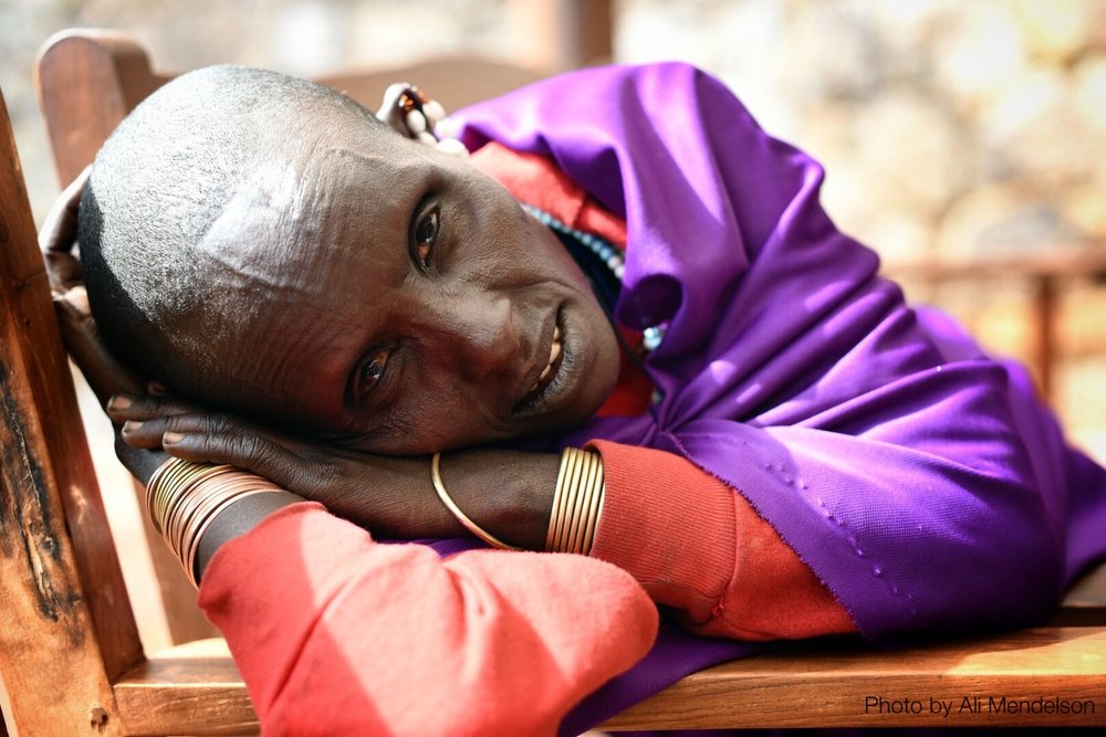Maasai waiting.jpg