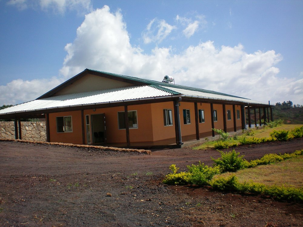 2008 - 1 building3 Doctors4 Nurses1 Lab Tech5 Exam Rooms2,511 Patients