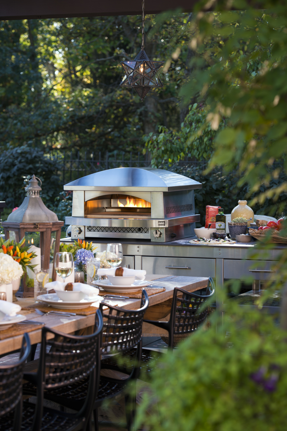 Step Outside With Snyder Diamond Design On Tap . Bobby Flay Outdoor Kitchen  ...