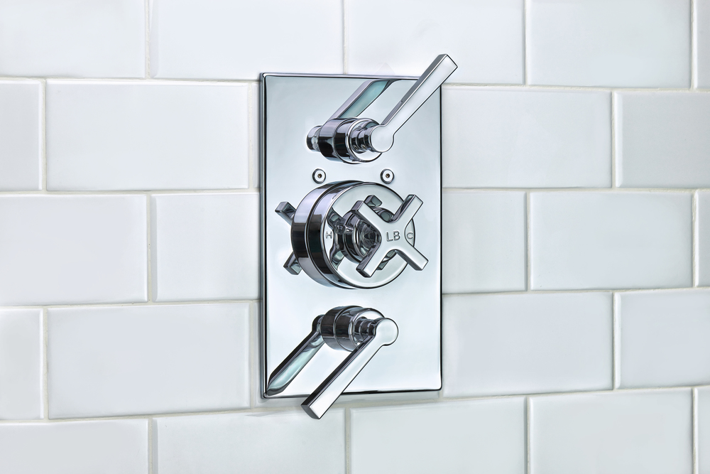 Image_M2-4403_1940 Fleetwood Cross Handle Thermostatic With Two Lever Flow Controls Trim Only.jpg