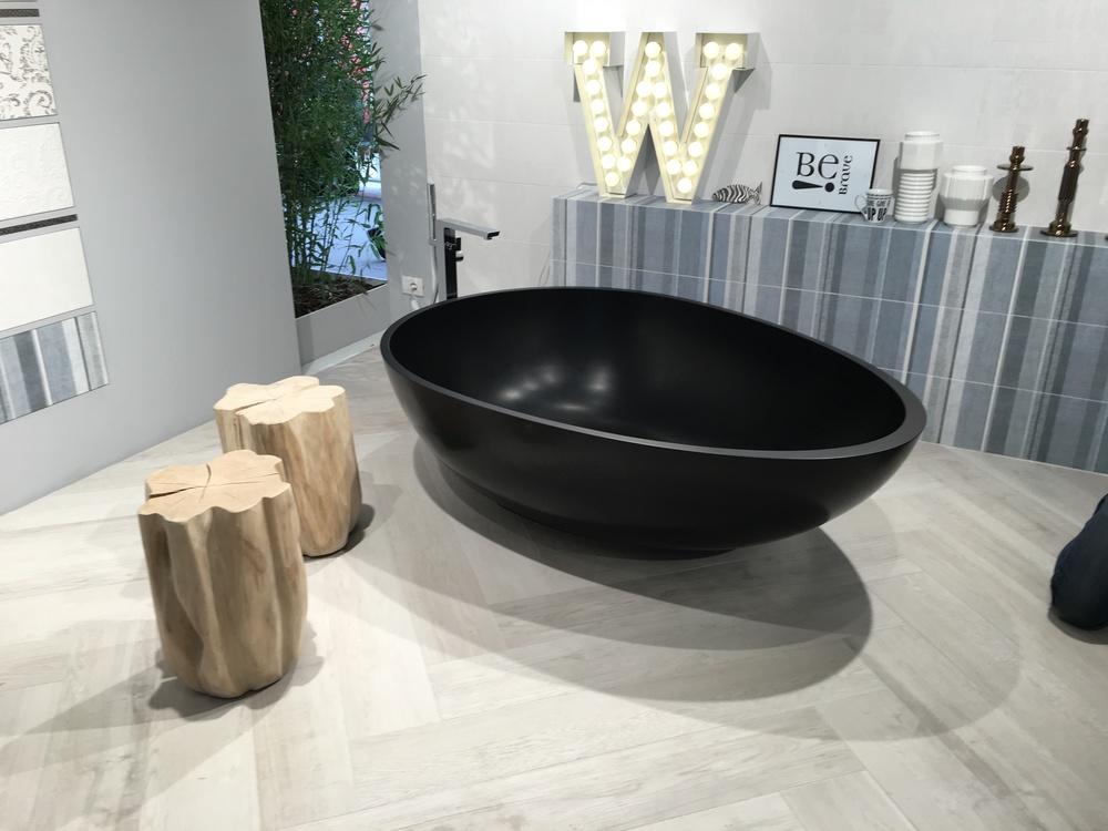 Mastella vov black tub.JPG