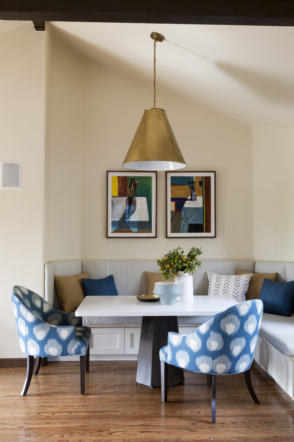 5 Breakfast Nook IMG_9846.jpg