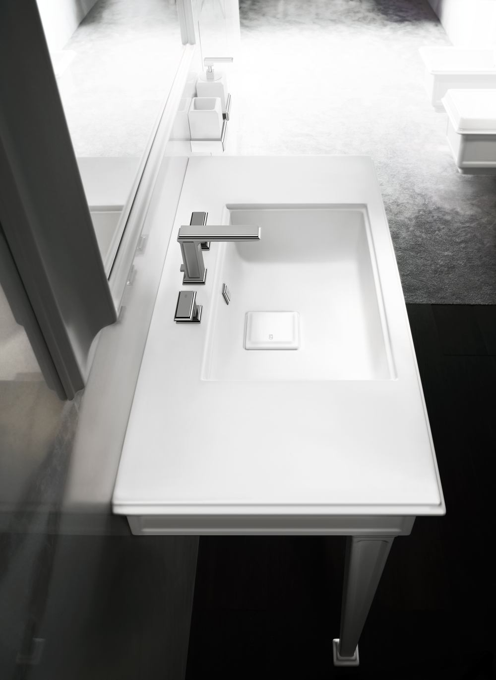 Fascino Gessi console lav top view.jpg