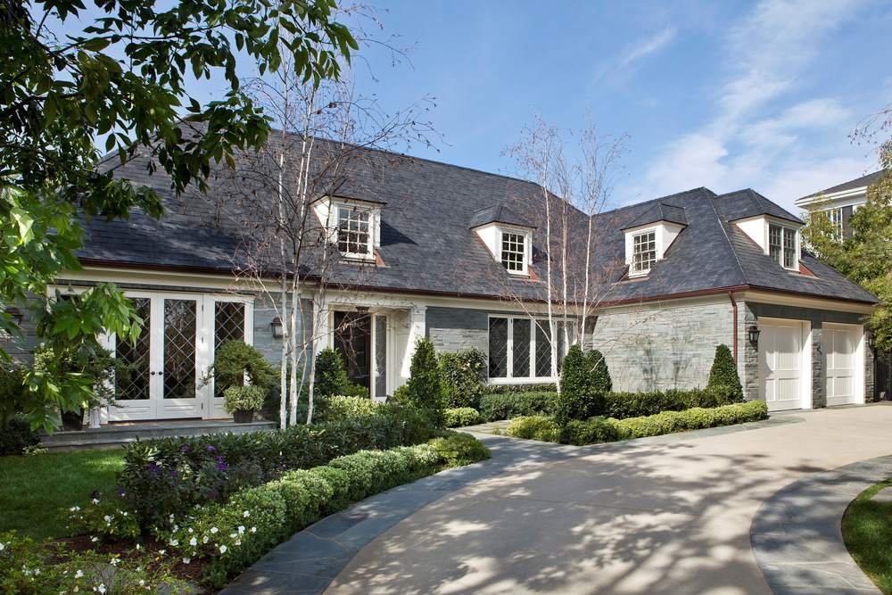 01 Brentwood Park Bluestone Manor House.jpg