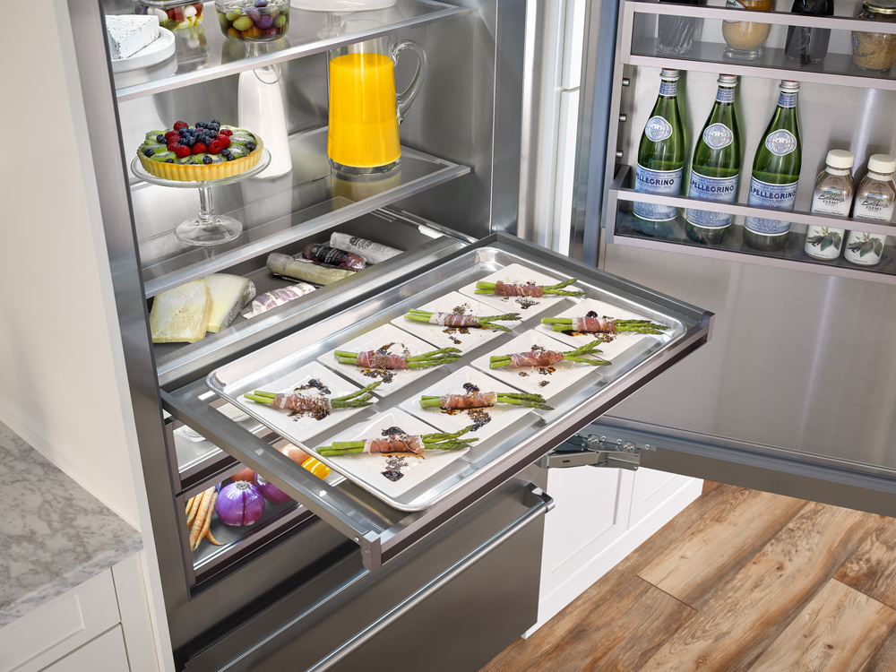 Fridge-Interior_Tray_DET.jpg
