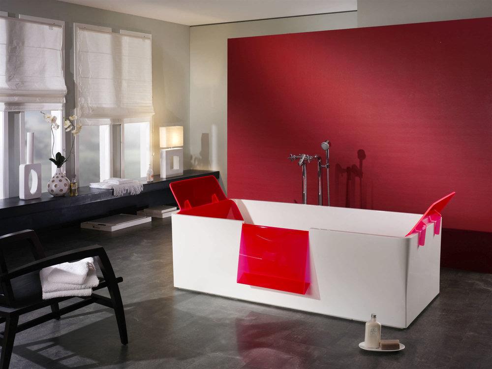 aqua red edge.jpg