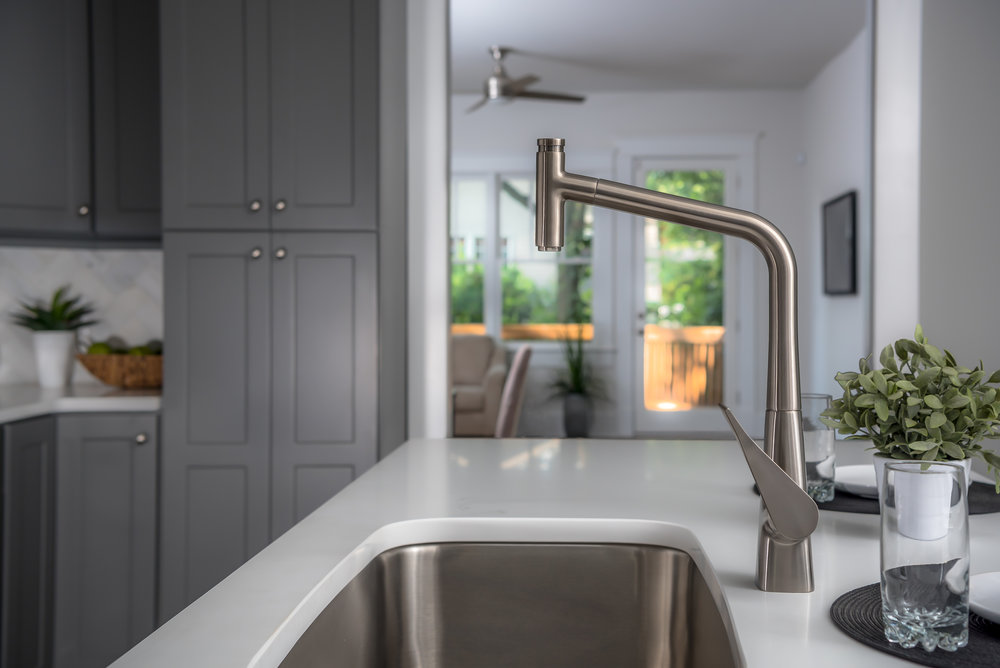 Kitchen hansgrohe.jpg