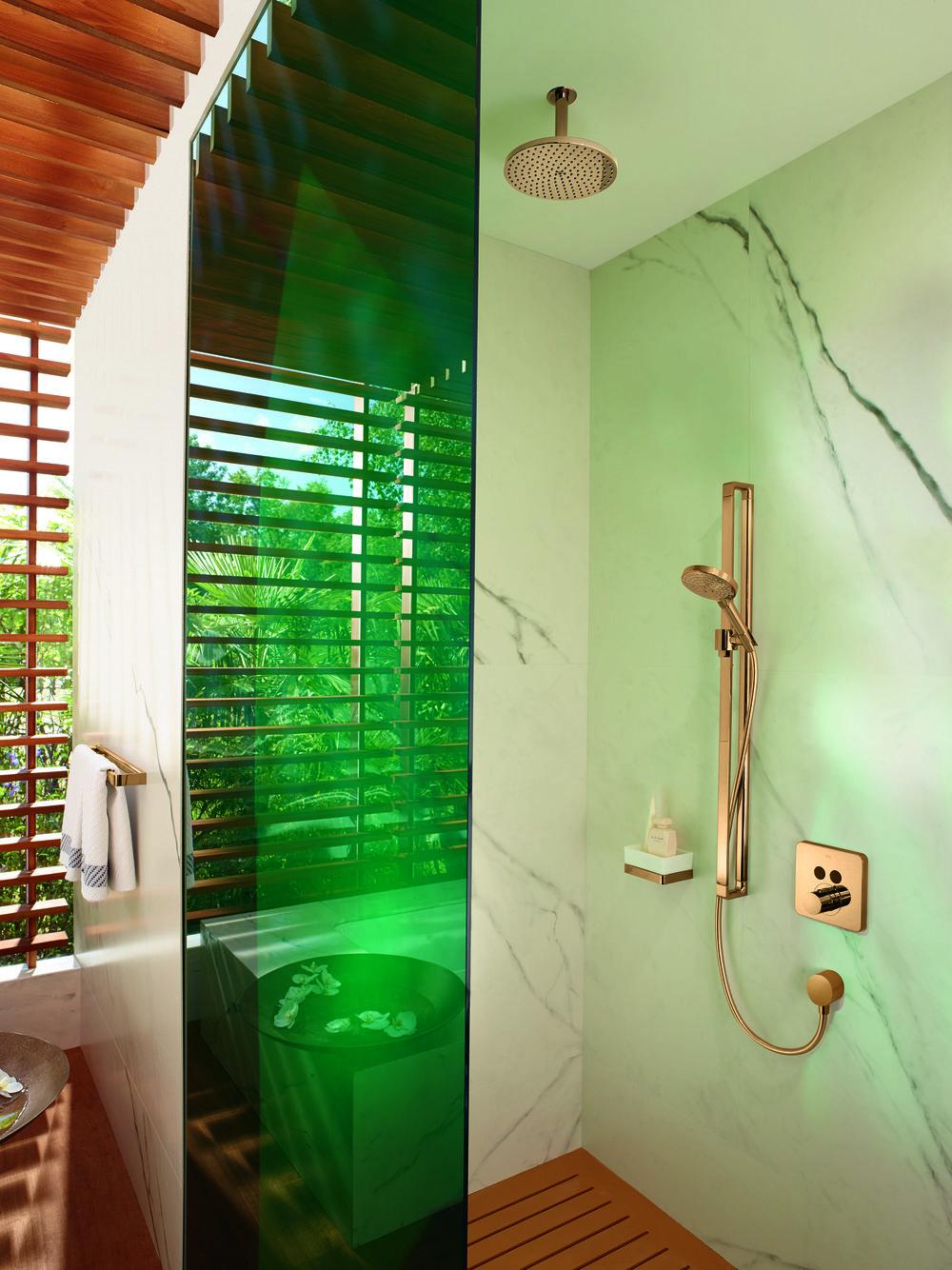 AXOR_Citterio_E Shower Ambience_Gold.jpg