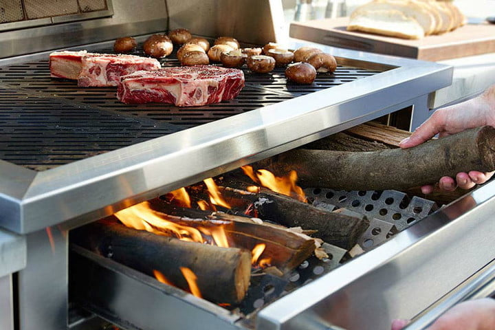 kalamazoo-wood-fired-grilling-900x600-720x720.jpg
