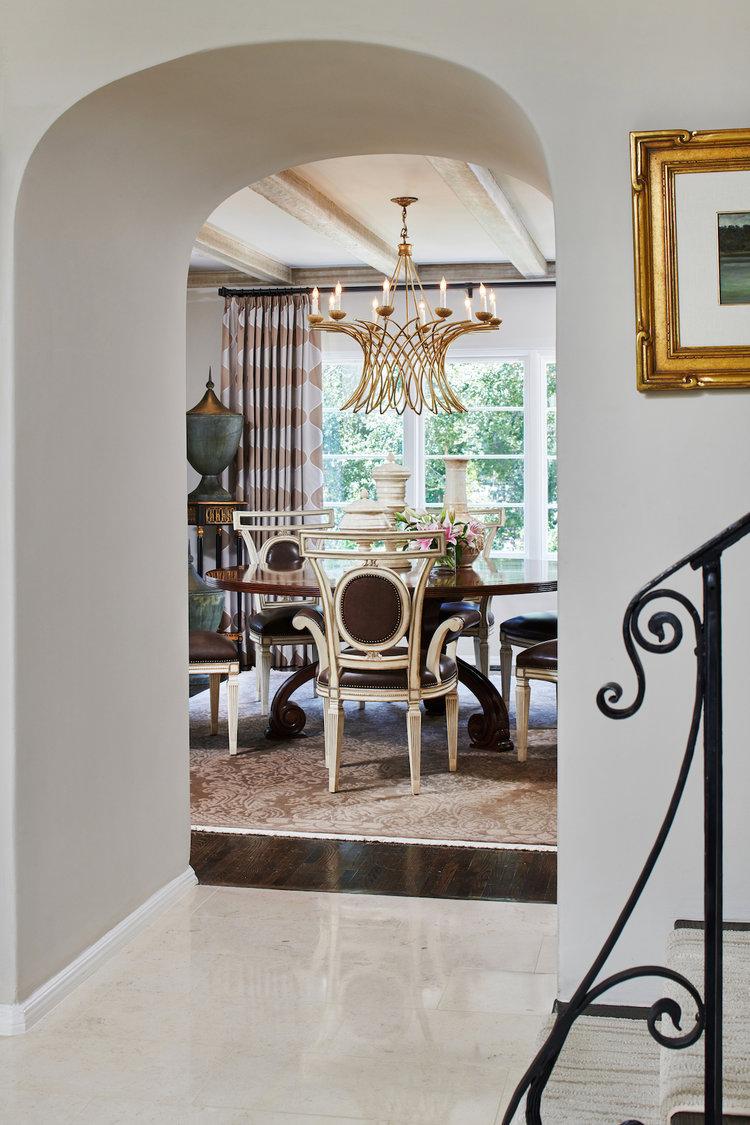 Interior Designer: Jennifer Bevan   Photography: Peter Christiansen Valli