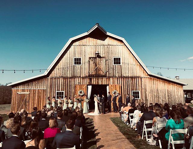 Good gosh this was a fun wedding!
