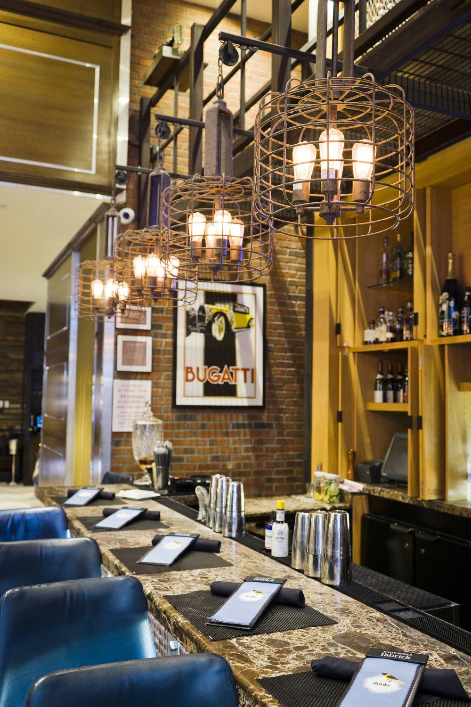 Foyer-Bar_New-York-City_Leslie-Parrott-2265-1.jpg