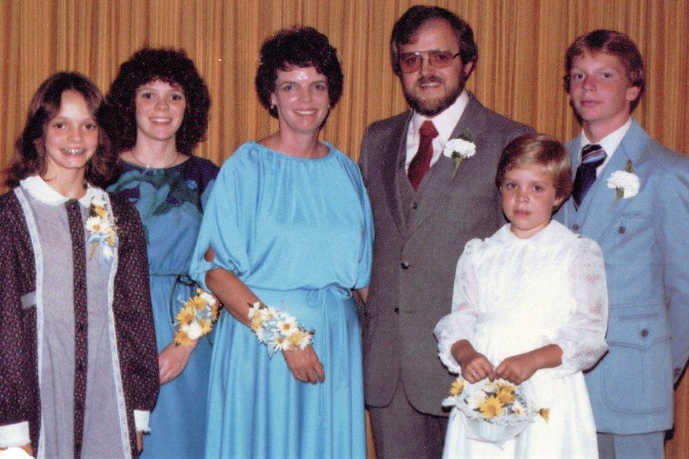 Janice family_0002.jpg