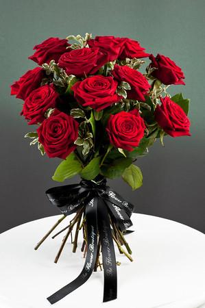 red roses romance.jpg
