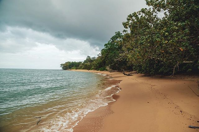 Totally worth driving across the entire island to enjoy this 'secret' beach (and its orange sand) alone 🌴 - almost worth the ride back under the tropical storm ⛈🏍 #travel #travelgram #traveblog #paradise #landscape #malaysia #island #beach #tropical #alone #wanderlust #seetheworld #natgeotravel #visitmalaysia #langkawi