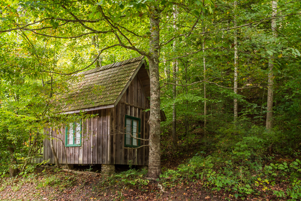 This cabin is tucked into the woods at the Whittleton campground in Natural Bridge State Park, Kentucky