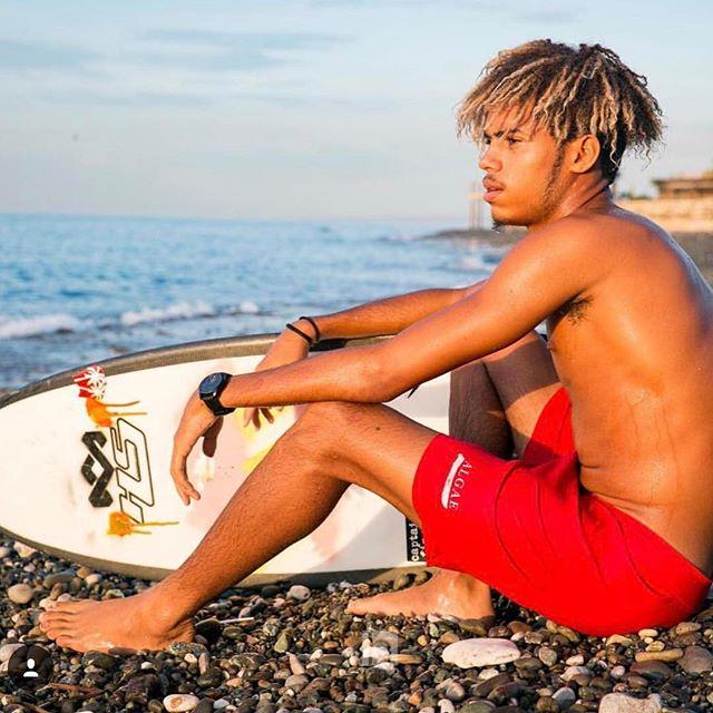 Jamaican Surfer @shama_the_superman 📷: @coreymus