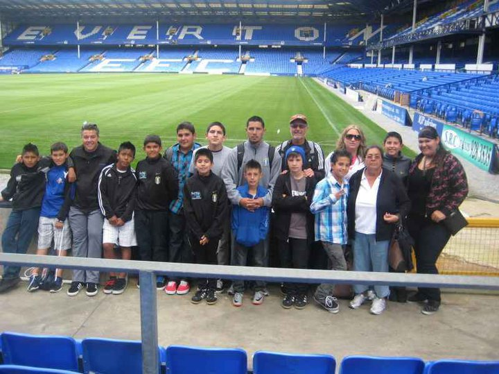 PATEADORES INDSIDE EVERTONS STADIUM                                     GOODISON PARK