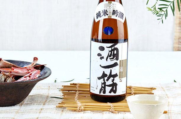 Sake Hitosuji - From Okayama prefecture. Old school pure sake taste.