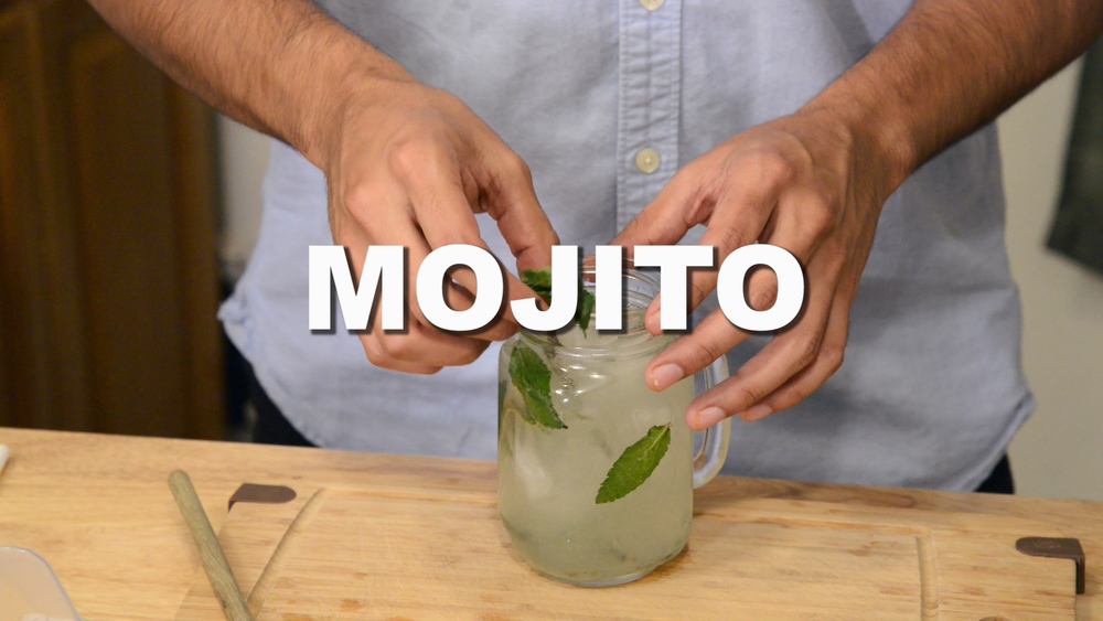 A REFRESHING MOJITO WITH FRESH MINT LEAVES