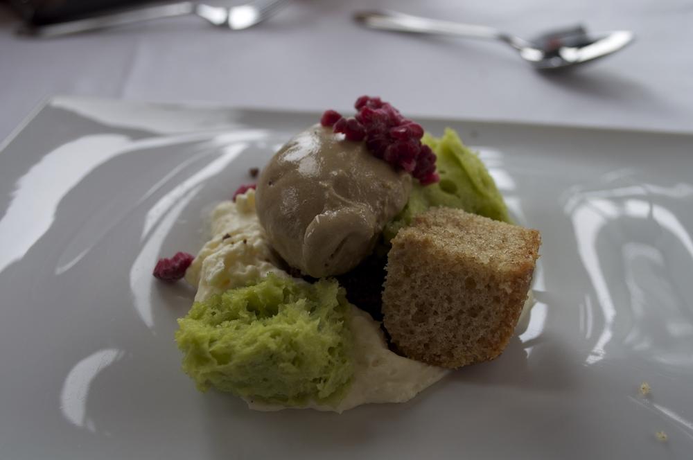 Ástarpungar with chocolate mousse, vanilla ice cream and salted caramel.