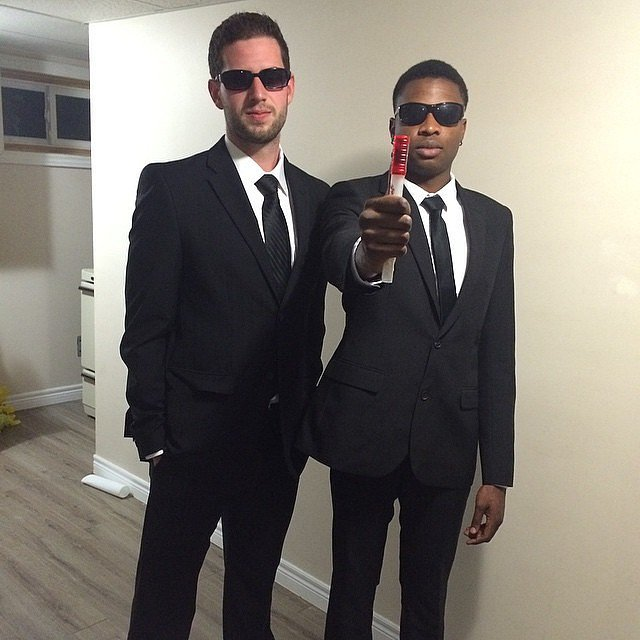 Men in Black. A perfect excuse to wear a suit to the bar and charm the ladies. Put on your black suit and a pair of sunglasses then youu0027re good to go!  sc 1 st  SarahFunky & 7 Last Minute Costumes u2014 SarahFunky