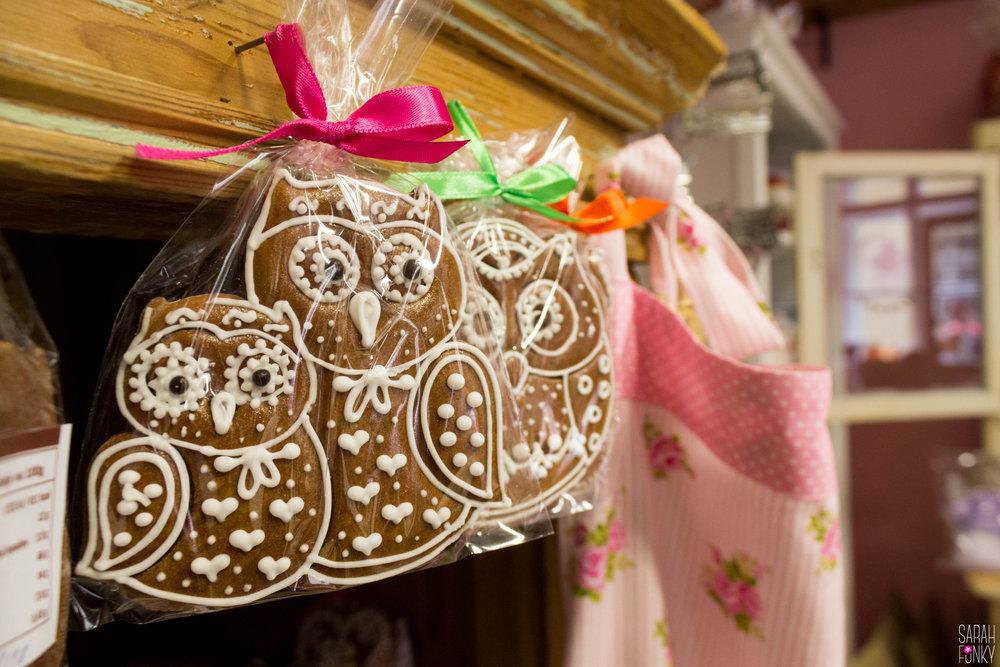 Gingerbread owl cookies