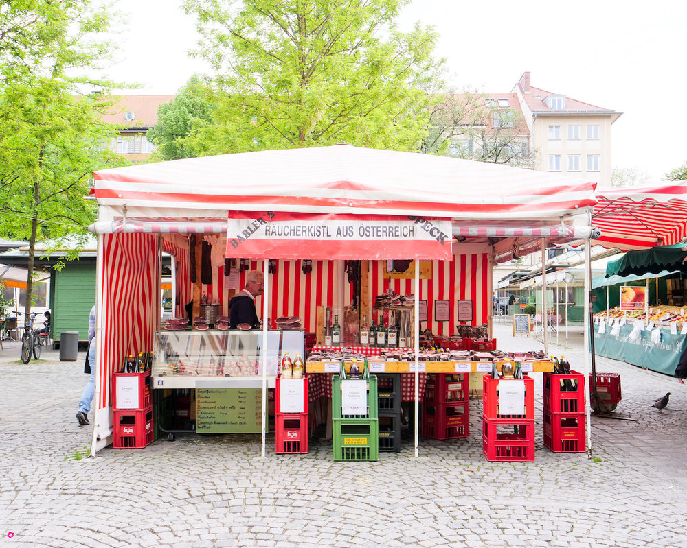 A food stall in ViKtualienarKt