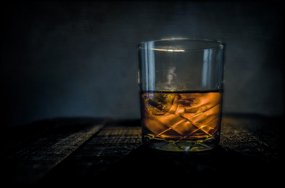 whiskey-315178_960_720.jpg