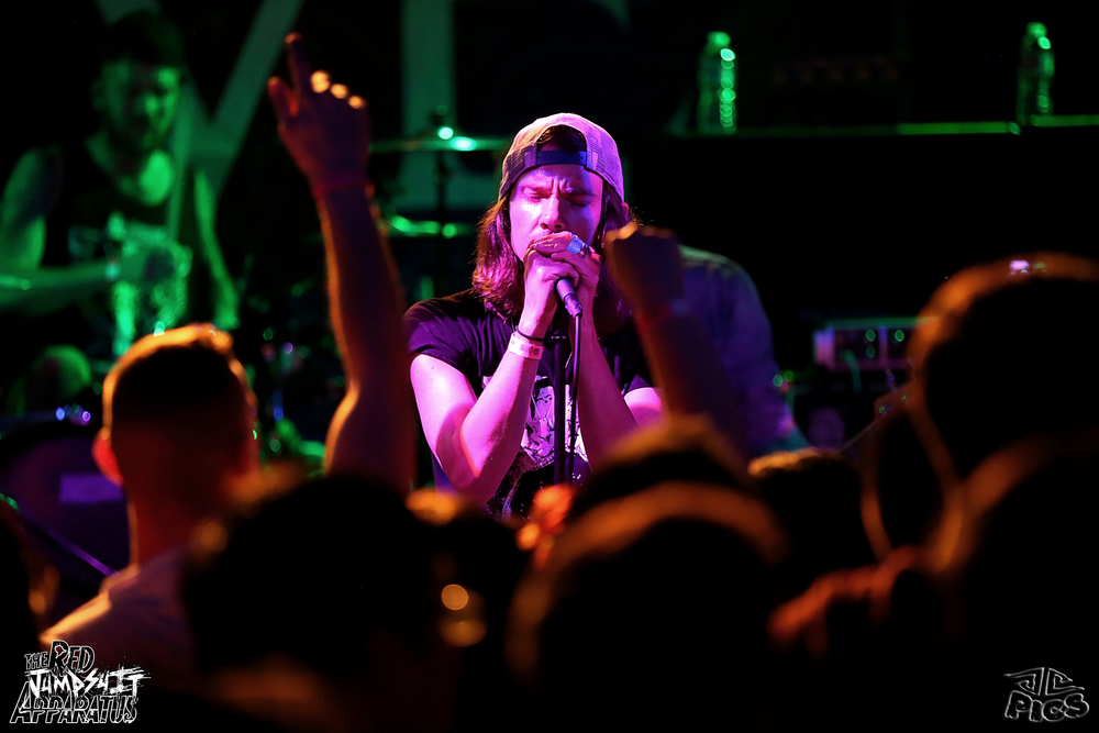 Red Jumpsuit Apparatus 9B4A2659.JPG