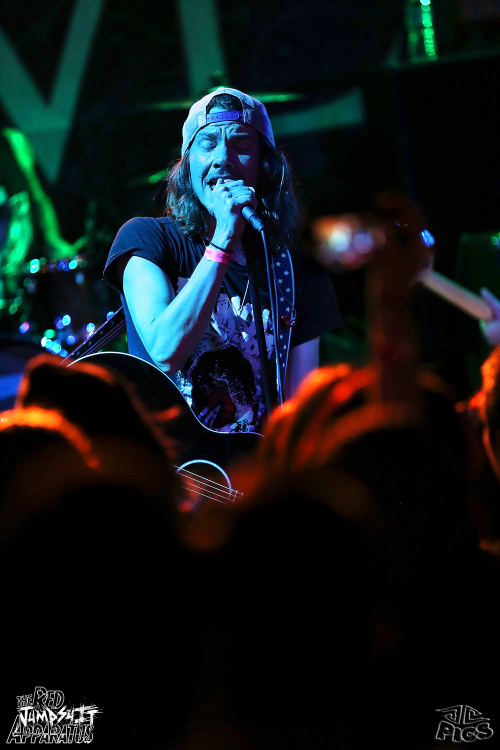 Red Jumpsuit Apparatus 9B4A2603.JPG