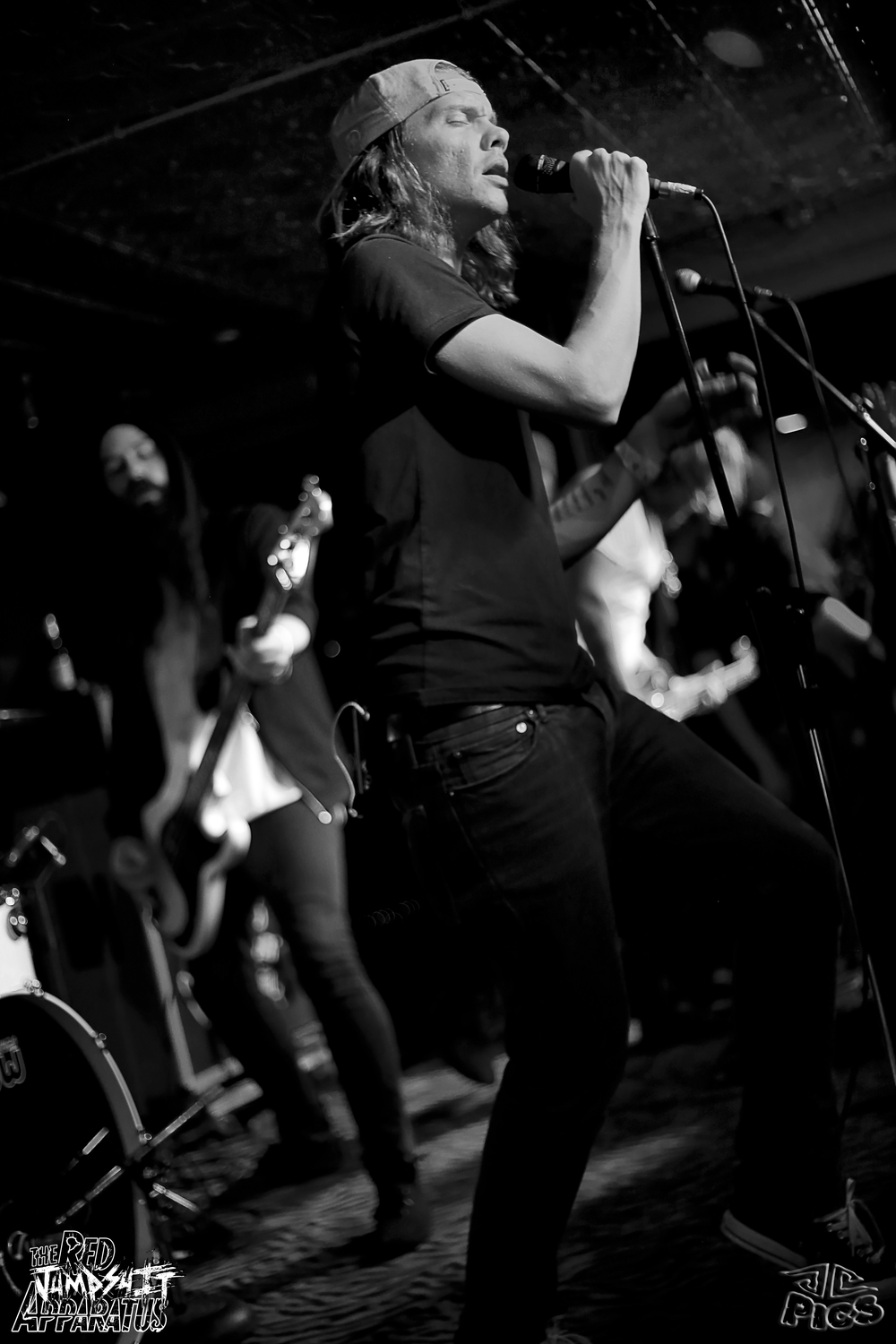 Red Jumpsuit Apparatus 9B4A2010.JPG