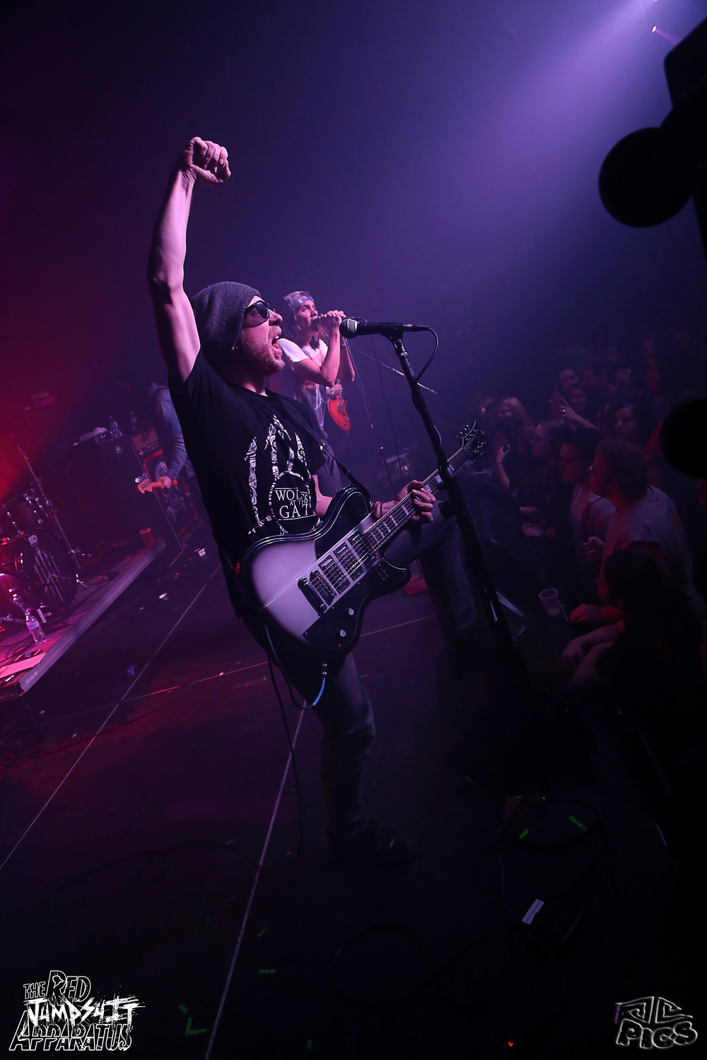 Red Jumpsuit Apparatus 9B4A1345.JPG