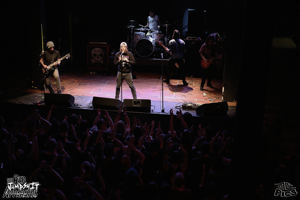 Red Jumpsuit Apparatus 9B4A0574.JPG