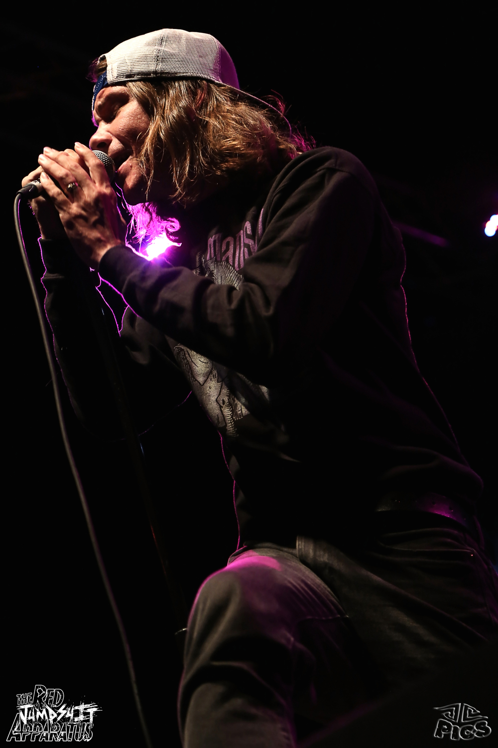Red Jumpsuit Apparatus 9B4A0656.JPG