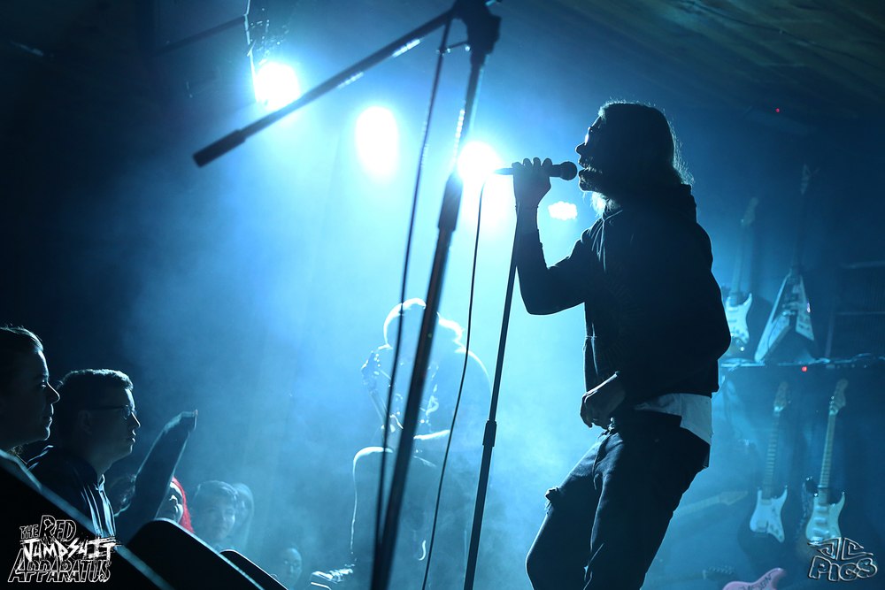 Red Jumpsuit Apparatus 9B4A9122.JPG