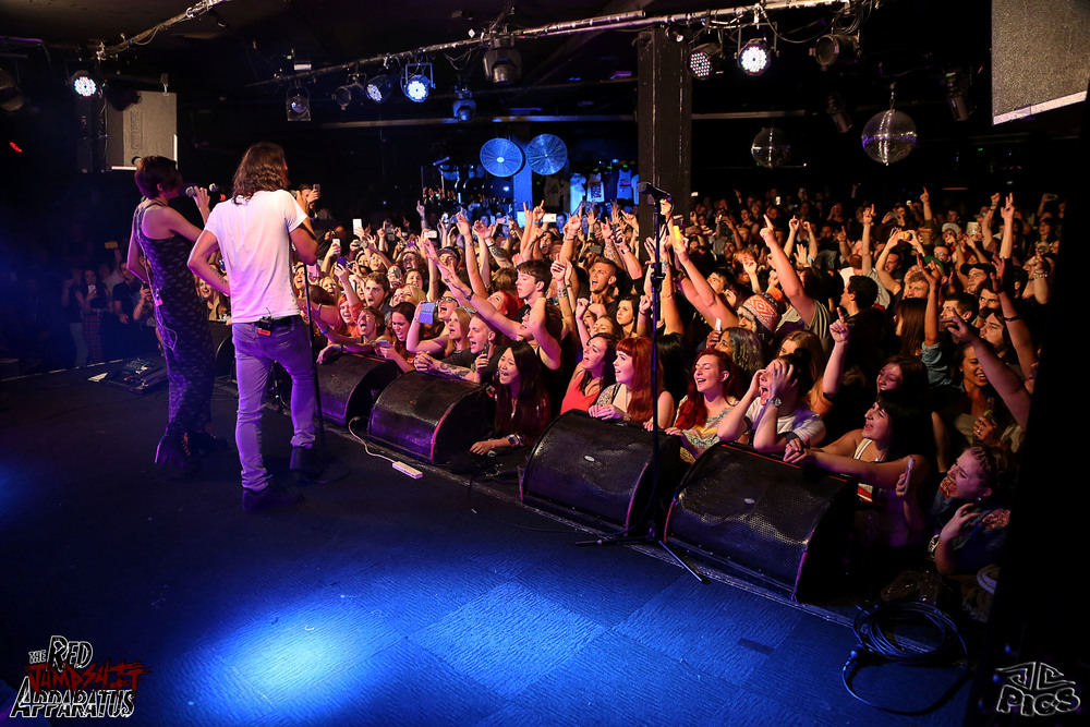 Red Jumpsuit Apparatus 9B4A4919.JPG