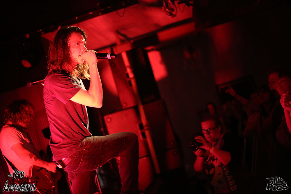 Red Jumpsuit Apparatus 9B4A3960.JPG