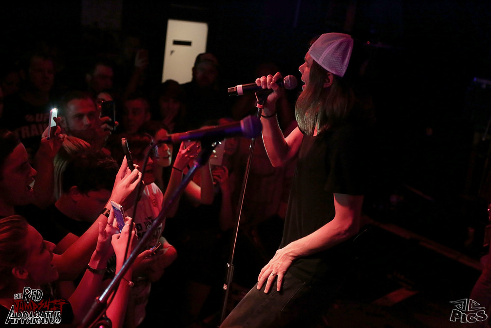Red Jumpsuit Apparatus 9B4A3477.JPG