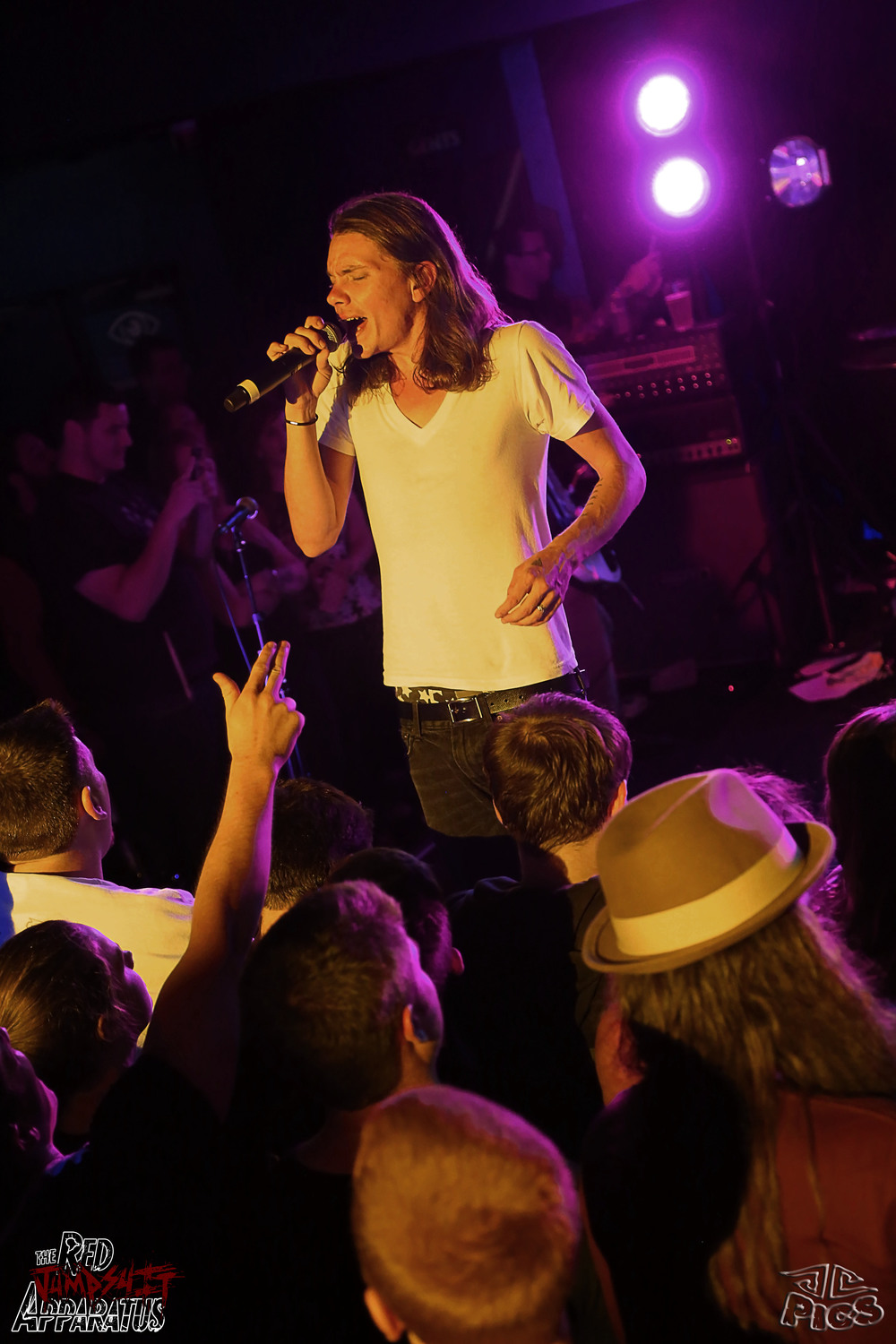 Red Jumpsuit Apparatus 9B4A3351.JPG