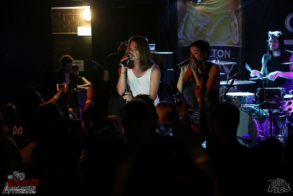 Red Jumpsuit Apparatus 9B4A2305.JPG